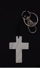 Sleutelhanger kruis van schelp