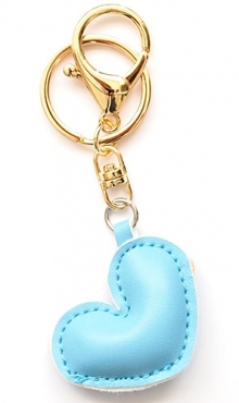 Sleutelhanger hart licht blauw kunstleer